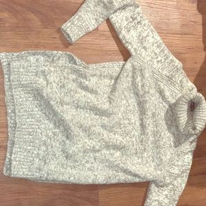 Gray and White Turtle Neck Sweater